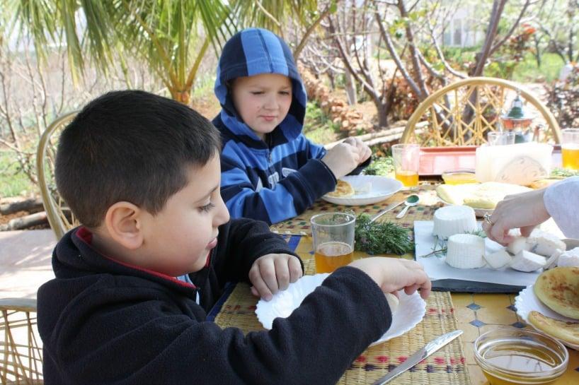 kids Tasting Cheese