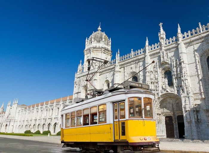 How to See Lisbon in a Day for under 35 Euro