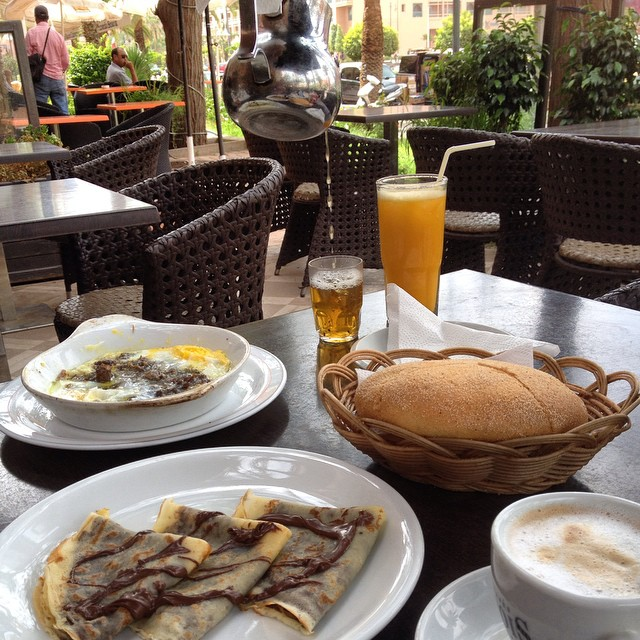 Breakfast date surprise and people watching with MarocBaba #breakfast #marrakech #crepe #coffee