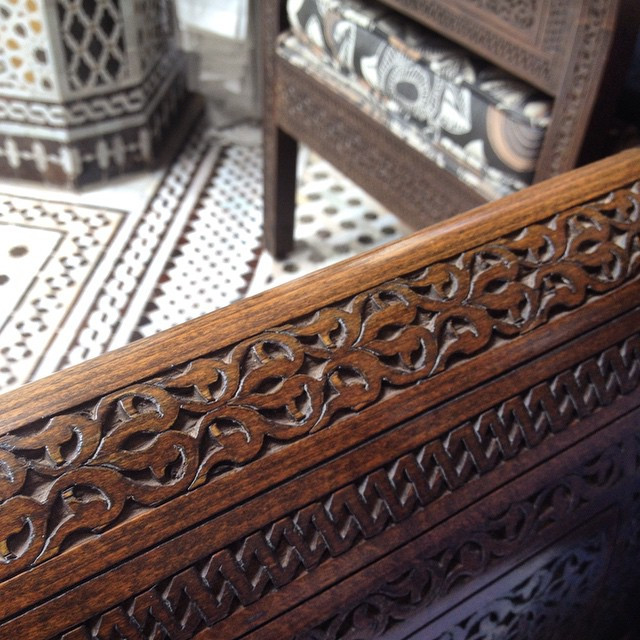 Patterns on patterns. So intricate and different and yet so very lovely together. #style #design #Morocco #furniture #floor #zelige #tile #wood #carving #art
