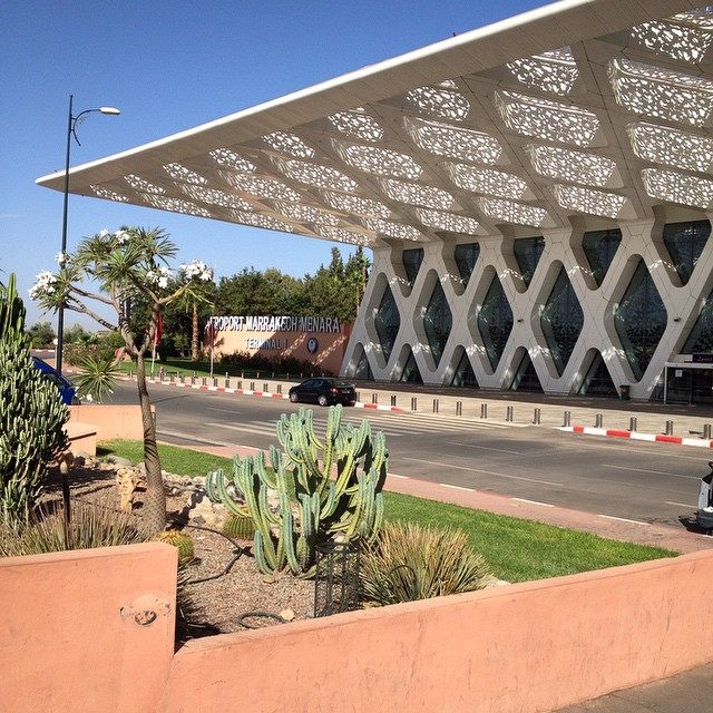 I'm home!! This is the Marrakech International Airport and it's my favorite in the country. The design feels very Moroccan and modern. A big contrast from Casablanca or Fez' airports. #igtravelthursday #airports #marrakech #morocco #expatlife #home