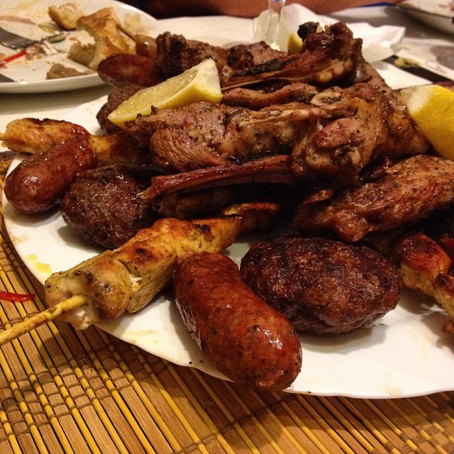 What's better than a plate of meat? A plate of meat with no pork and I can eat it all!!!! #greece #crete #housetrip #foodie