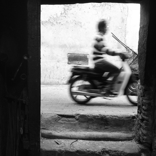 It's not #Marrakech without the mopeds. #morocco #bwphoto #igtravelthursday