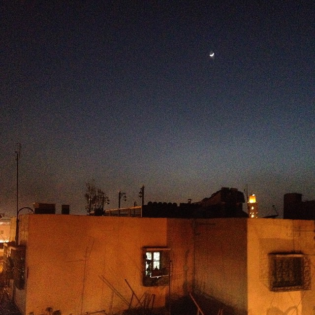 Merry Christmas to all, and to all a good night. Xoxo #marrakech #morocco #christmas #moon