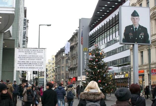 Checkpoint Charlie Christmas