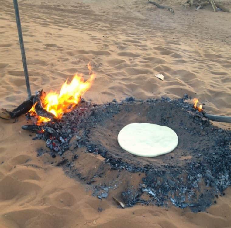 Pan Beduino. Dough-in-the-Coals