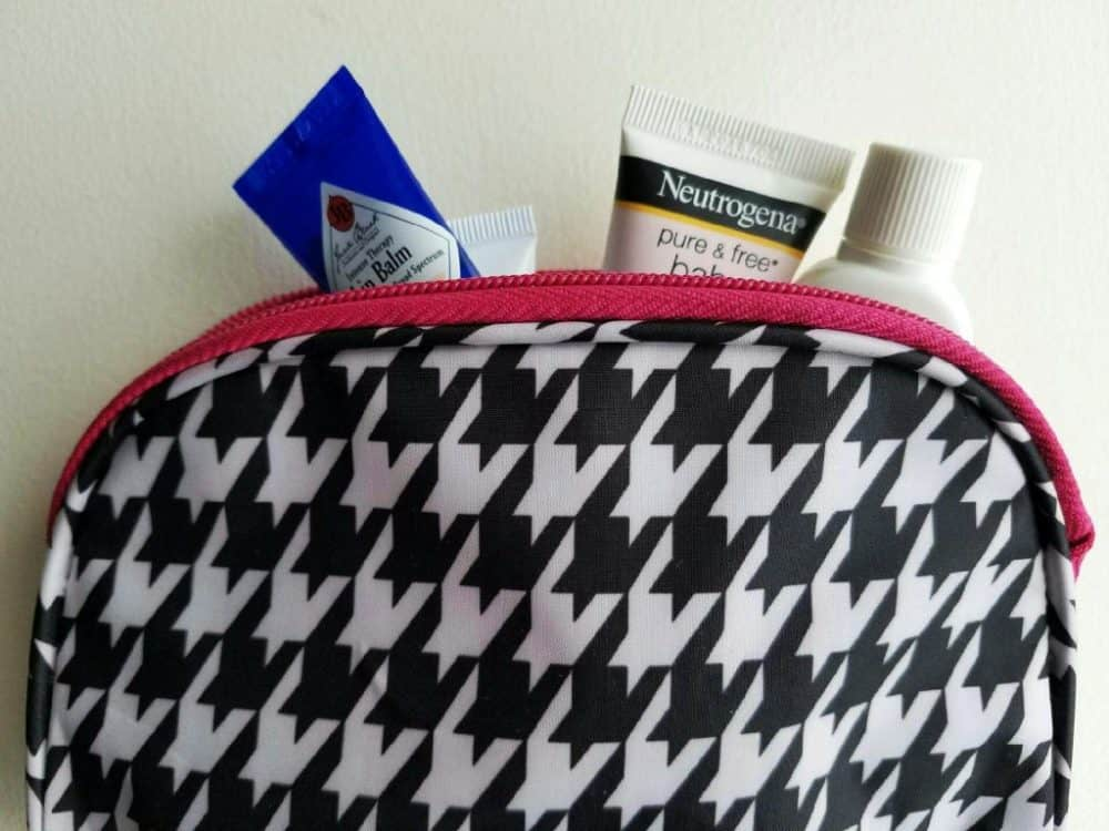 savvy essentials - toiletry bag must haves for travel | marocmama.com
