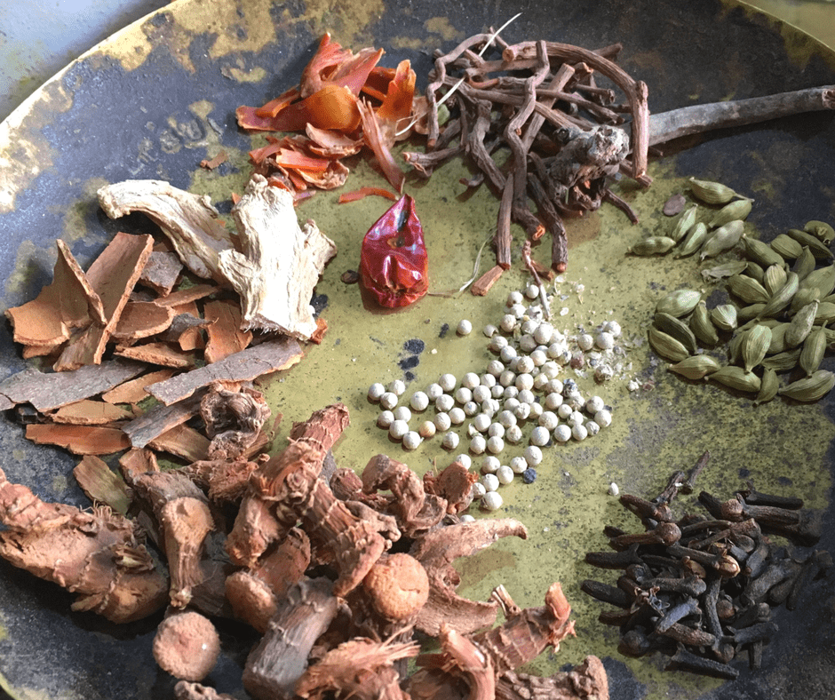 Herbs and Spices for Moroccan Khunjul Tea