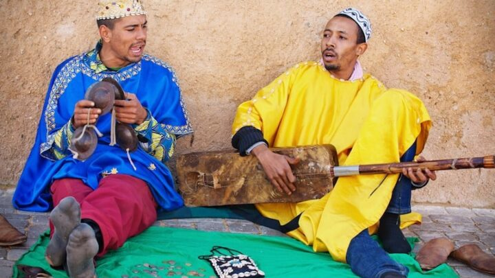 5 Helpful Insights on Money and Tipping in Morocco