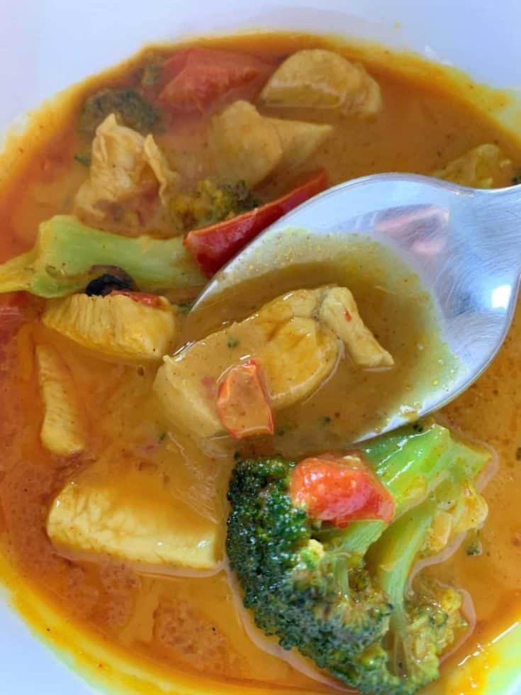 Keto Chicken Curry Soup