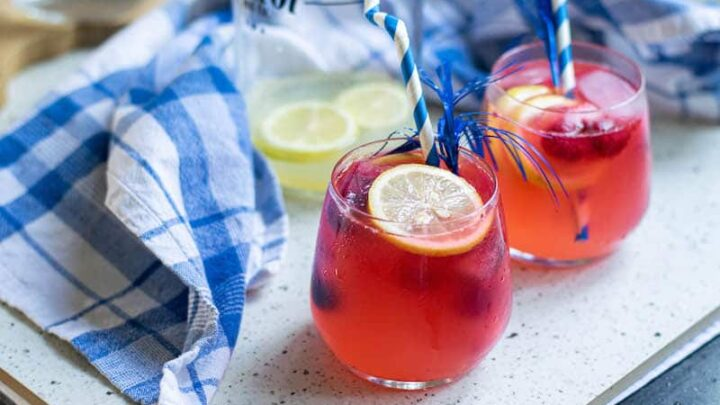 Lemonade with Mixed Berry Ice Cubes